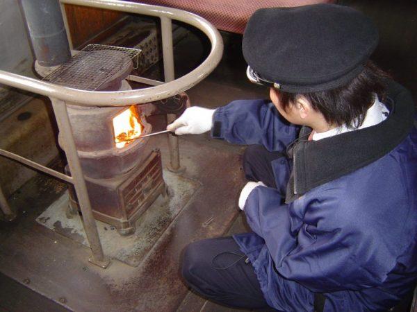 stove train aomori_tokyo rail days