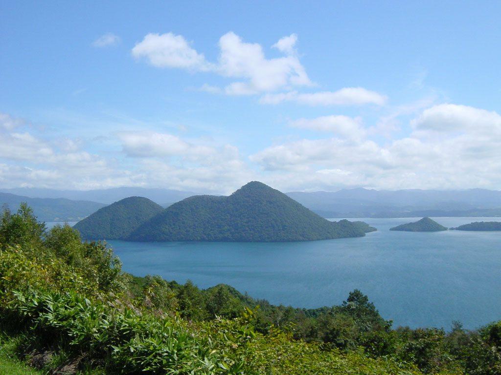 lake touya